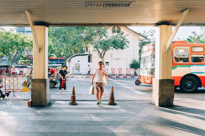 Bangkokstreetphotographer 9maek Bangkokstreet Bangkokspirit Bangkoklifestyle TukTuk Street Busthailand