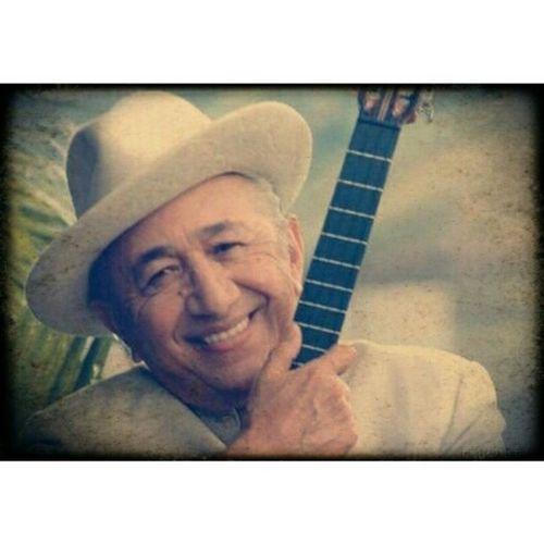 Hasta siempre Tío Simón, gracias por tu música, porque me enseñó a amar mi tierra