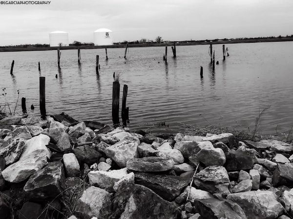 Wood and water..... LGarciaPhotography IPhone Iphone 6 Plus Taking Photos Enjoying Life Taking Photos Lightroom New Jersey Bnw Bnw_collection Urban Monochromatic Clouds And Sky Nature Photography Nature_collection Black And White Photography Black And White Jersey Blackandwhite Monochrome Landscape_Collection Light And Shadow Darkness And Light Landscape Bnw_friday_eyeemchallenge