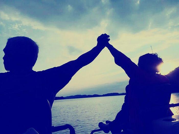 Enjoying Life I Love My Mom❤ I Love My Dad. ♥ Relaxing Beautiful Sunset