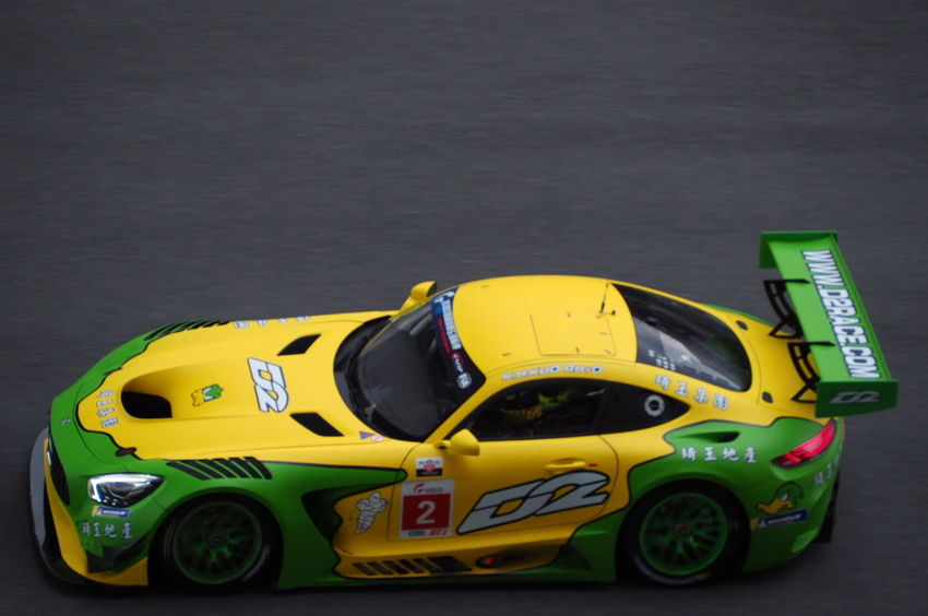 GT race at Shanghai International Circuit Yellow Taxi Racecar Car Yellow Choice Toy Toy Car Auto Racing Vintage Car Sports Car Collector's Car Headlight Bumper Sports Track Formula One Racing Sports Race Motorsport Motorcycle Racing Grille Speedometer Convertible