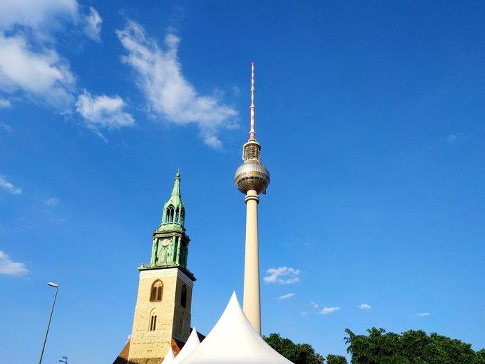 Travel Destinations Outdoors City Sky Blue Day Commuting Tv Tower Berlin Fernsehturm Fernsehturm Berlin  Berlin Berliner Ansichten Alexanderplatz Marienkirche