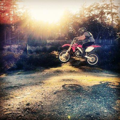 Dirtbike tha boy can rip...Playingwithtoys Nitropowerboards