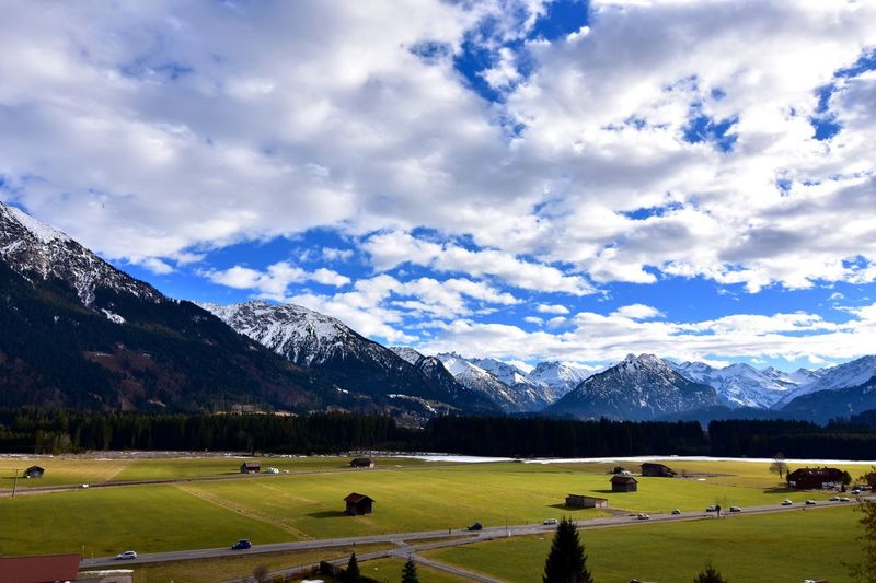 Check This Out Relaxing Sunlight Showcase: February Allgäu Oberstdorf & Umgebung Allgaeu Oberstdorf Oberstdorf Allgäu Wolken Wolkenhimmel Landscape The Alps A Bird's Eye View Landscape_Collection Landscape_photography Allgäuer Alpen Outside Photography Nature Mountain Hanging Out EyeEm Landscape EyeEm Nature Lovers EyeEm Nature Lover