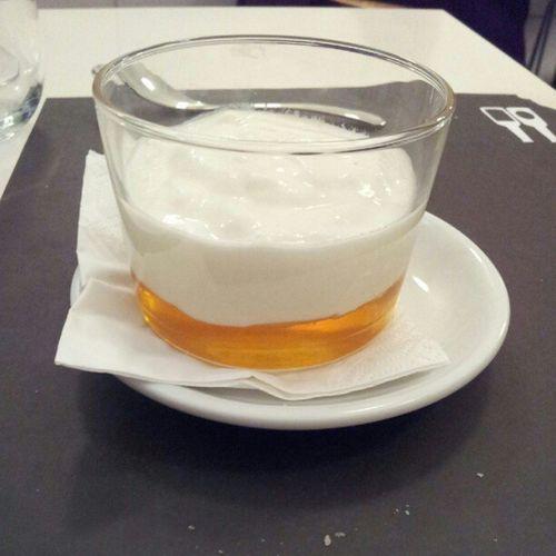Yogur con miel Viernesgastronomicos