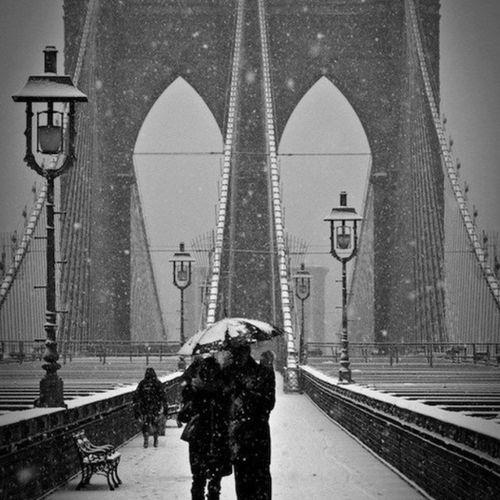 New york is for lovers.. Vamoviajar Vamopassear Vamobrincar Vamobeijar vamoabraçar vamoviver vamoporra viajarsozinho conheceromundo rail