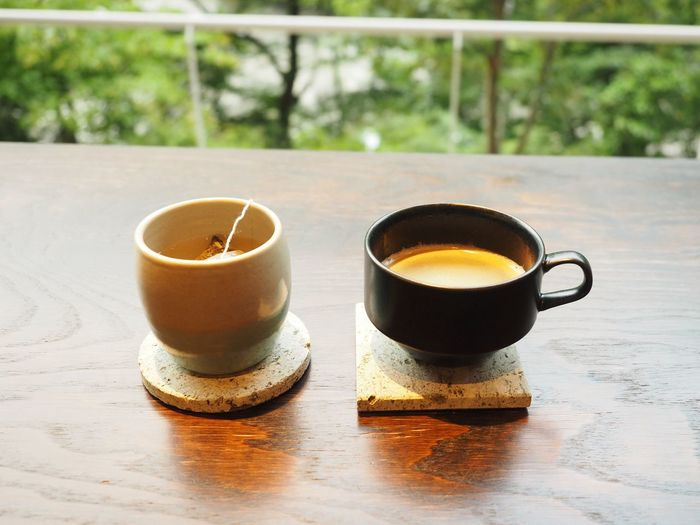 Tea Time Copy Space Japan Japanese Culture Backgrounds Drink Cup Mug Refreshment Food And Drink Table Coffee Hot Drink Tea Coffee Cup No People Focus On Foreground Still Life Coffee - Drink Indoors  Tea - Hot Drink Close-up Freshness Tea Cup Wood - Material