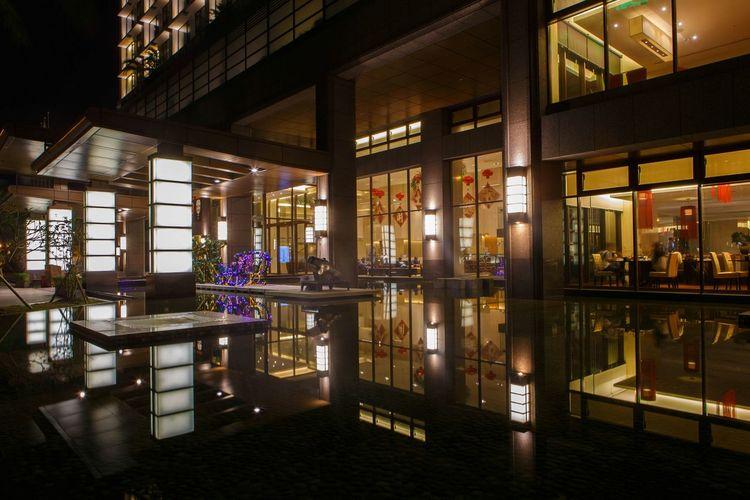礁溪鳳凰酒店夜景倒影