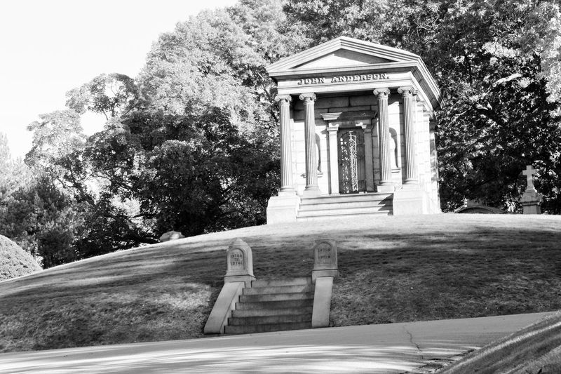 Architectural Column Architecture Architecture Details Architecture_bw B&w B&w Photography Black & White Black And White Blackandwhite Blackandwhite Photography Blackandwhitephotography Column Columns And Pillars Grave Gravestone No People On A Hill Onahill Tombstone