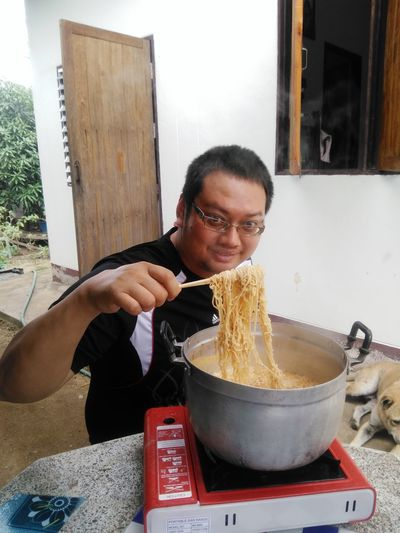 Boiled noodles, Eat noodles, Boiler on picnic gas stove Boiled Noodles Eat Noodles Noodle Love Eating Llike Eat Noodle Boiler On Picnic Gas Srove Boiling Gas Stove Burner Cooking Utensil Camping Stove Cooking Pan Prepared Food