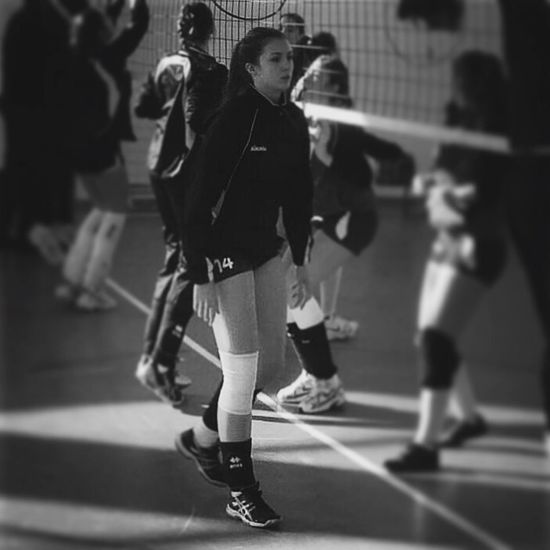 Volleyball Player Libero Asics Gametime no.14 ?
