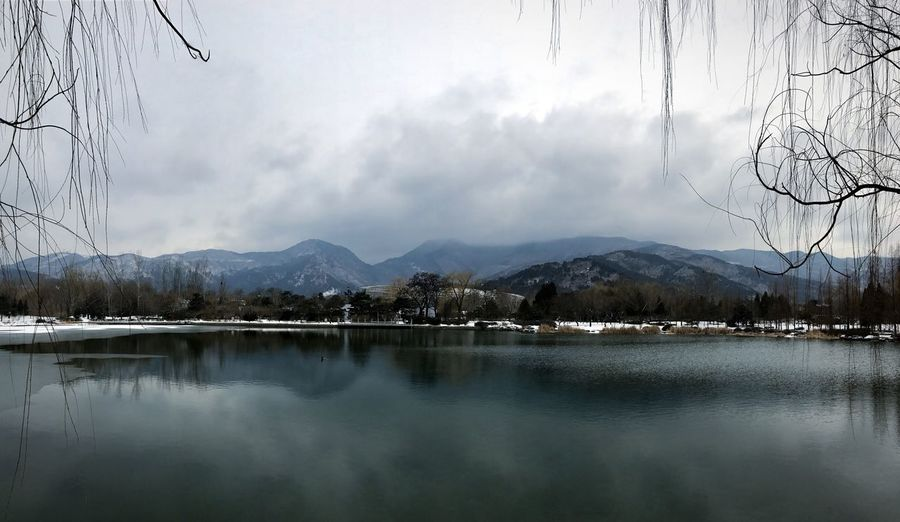 雪后 Mountain Sky Mountain Range Beauty In Nature Nature Lake Landscape Water Tree Cloud - Sky