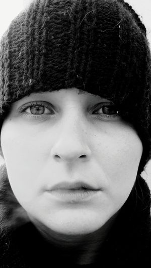 Portrait Front View Knit Hat Adult One Person Headshot Adults Only People Winter Looking At Camera Human Face Close-up Young Adult Only Women Human Body Part Cold Temperature Indoors  Warm Clothing Day The Portraitist - 2017 EyeEm Awards Black And White Friday Inner Power The Portraitist - 2018 EyeEm Awards