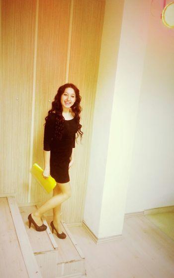 Feeling Sexy Omg *_* Business Woman hahaha ♥