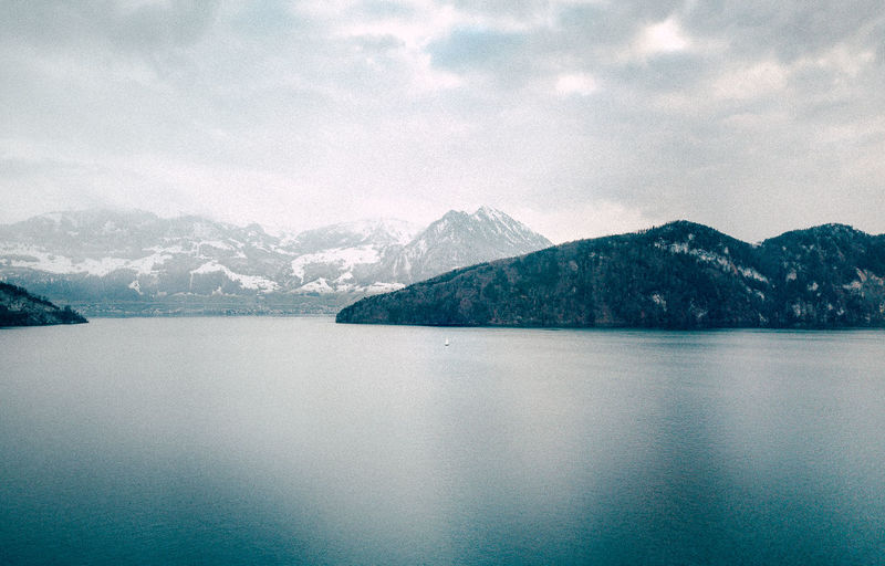 DJI Mavic Pro Drone  VSCO Beauty In Nature Blue Close-up Lake Lake View Landscape Mountain Mountain Range Nature Sailing Sea Sky Snow Switzerland Water Winterwonderland Shades Of Winter EyeEmNewHere Go Higher The Great Outdoors - 2018 EyeEm Awards 17.62°