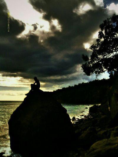 Stoneman Islandlife Island Art Cloudy Sunny Day Sunset Ocean Sea Shadowman