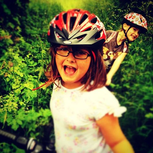 Youngest and her best mate on a public path that was more like a Jungle Igersessex Eppingforest Harlow footpath
