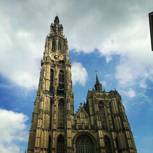 ベルギーに来てからは、とりあえ日中は快晴(*´∀`) Benelux Church Bluesky Antewerpen