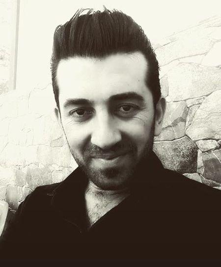 هاورئ نوسينه كانم ماناى عاشق بونم نيه به لكو گوزه رشت له نه هامه تيه كانى ئه مرؤو دوينئ ده كا. Kurid ✌Kuridstan Iraq Arbil Sulaymanyah Boy Muzic🎹 Band Studieo Song 🎈👻 Fashion🌸 Style 👞Modern 👕