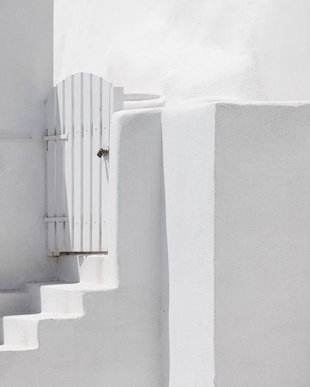 White Color Wall - Building Feature Architecture Whitewashed Built Structure Building Exterior Day No People Outdoors Hanging Close-up Santorini, Greece Santorini EyeEmNewHere