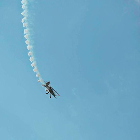 Flying Flying High Plane Loop The Loop EyeEm Best Shots EyeEmBestPics Feel The Journey Sky Ups And Downs VSCO