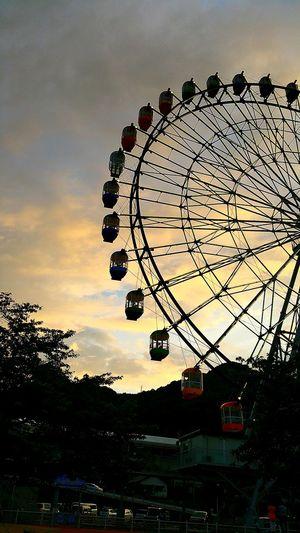 フジスカイビュー 夕暮れ 雨の少ない梅雨 富士市 富士川SA 富士川観覧車 Hello World Sunset