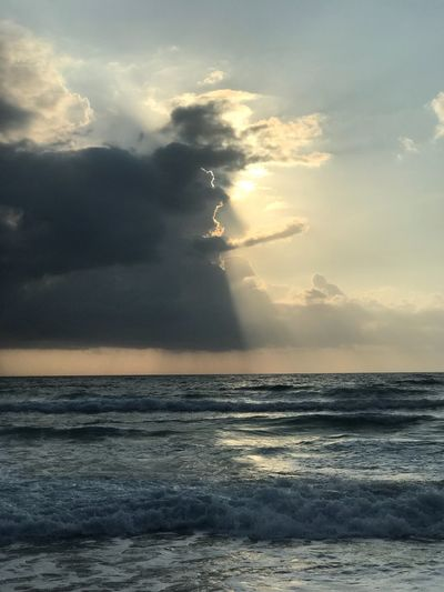 Sky Sea Water Cloud - Sky Beauty In Nature Scenics - Nature Horizon Over Water