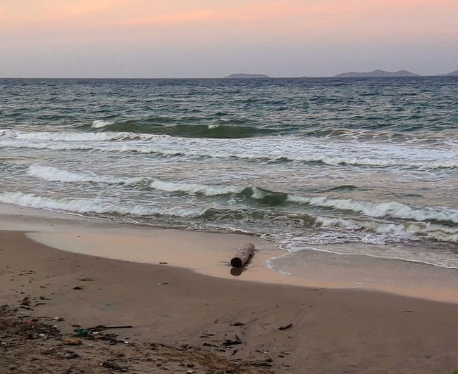 Beach Sea Sand Outdoors Horizon Over Water Sky Caribbean Margarita, Venezuela Margarita Island Venezuelafotos_ Caribian The Week On EyeEm. Tranquility Seascape EyeEm Best Shots Cloud - Sky Afternoon Sunlight Afternoon Light