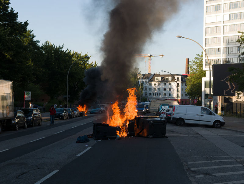 Architecture Brennendes Auto Building Exterior Built Structure Burning Burning Car Criminal Day Fire Flame G20 Gipfel G20 Hamburg G20 Meeting G20 St. Pauli G20 Sternschanze G20 Summit Hamburg Müllverbrennung No People Outdoors Rubbish Schwarzer Block Sky Stupid Welcome To Hell