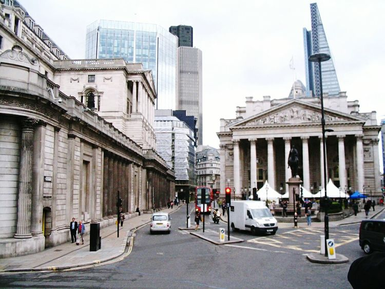 Architecture Building Exterior City Travel Destinations Built Structure History Outdoors Urban Skyline Cityscape People Sky Day Adults Only Adult LONDON❤ England🇬🇧 Architecture England 🇬🇧 England 🌹 England, UK London Business Finance And Industry
