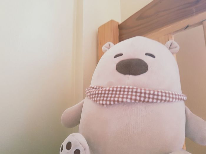 HUGGING THIS WILL MAKE YOU FEEL BETTER 편안함 힐링 힐링그램 힐링포토 Relexing Huge Love Life 곰돌이 침대 Comfortable Comfortable Place Relaxation Babyhood EyeEm Selects Domestic Life Close-up Stuffed Toy Toy Doll Teddy Bear Toy Animal Bed Bedroom Animal Representation Pinwheel Toy