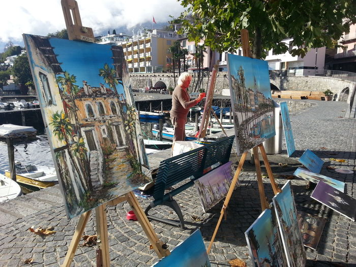 lIl pittore di Ascona. .. Paintings Painter - Artist Artist At Heart Pittore PhonePhotography EyeEm Phone Photography EyeEm Gallery EyeEm Selects Eye4photography  EyeEm Best Shots EyeEm Have A Nice Day♥ Painting Taking Photos Eye4photography  Hello World Street Art