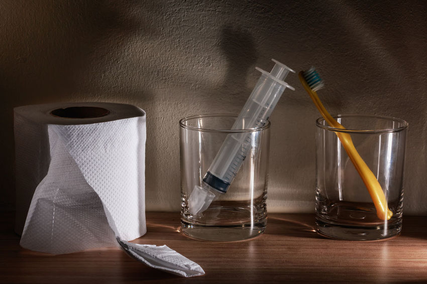 Dental Desk Healthcare Hygiene Toilet Abstract Background Brush Close-up Disease Glass Healthy Healthy Eating Indoors  Irrigation Nasal Paper Still Life Syringe Table Tissue Toothbrush Treatments Water Women