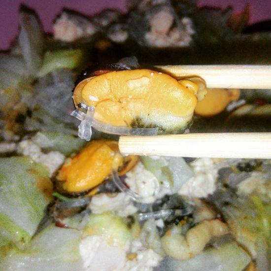 หอยแมลงภู่ ขึ้นชื่ออาหารทะเลในกรุงเทพ Food Seefood Bangkok Thailand Bangkok Food อาหารทะเล หอยแมลงภู่ หอย Visual Feast