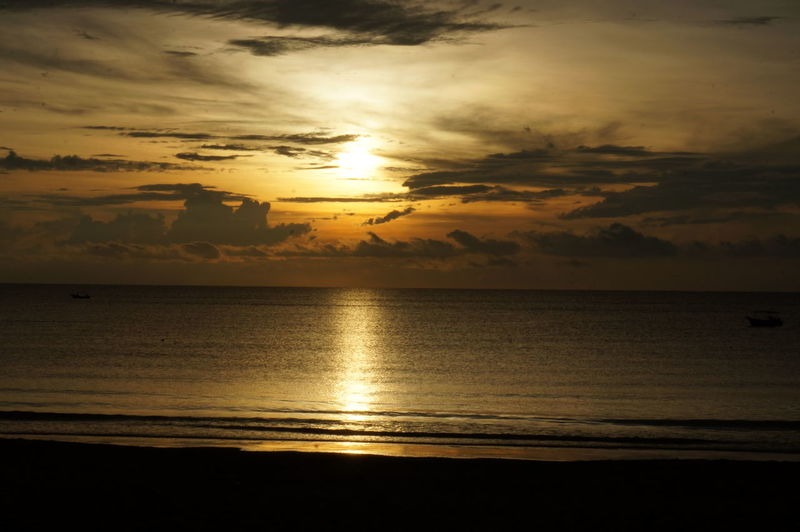 Beach Sun Sunrise Sunset Seascape Dramatic Sky Reflection Scenics Beauty In Nature Water Tranquility Tourism Travel Destinations Nature Sea Cloud - Sky Horizon Over Water Vacations Sunlight Cloudscape Cheratingbeach Cherating