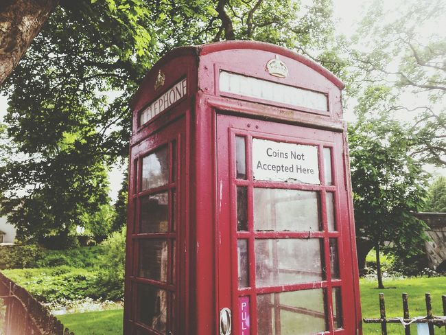 Fine Art Photography 43 Golden Moments Red Phone Phone Box North Yorkshire Gargrave Village Textures And Surfaces POV In The Box Phonebox Windows Vintage Atmospheric Mood Green Window View Window Landscape Architectural Detail Architecture Tourists Trees Greenery Fresh 1