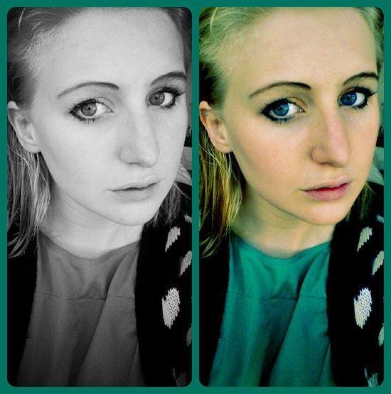 d Taking Photos Blonde Make Up Selfportrait