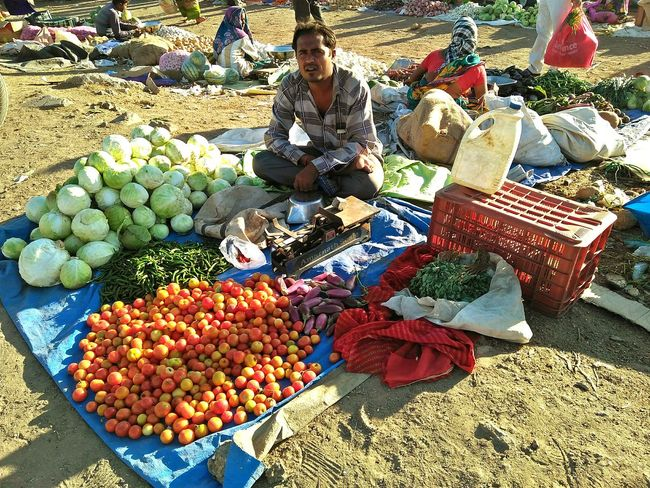 vegetable seller road side Vegitables And Fruit Vegitable Vegetable Seller Roadside Vegetable Seller Fruit High Angle View Day Food Outdoors Healthy Eating Abundance Large Group Of Objects Food And Drink Nature Variation Freshness Sunlight No People This Is Masculinity