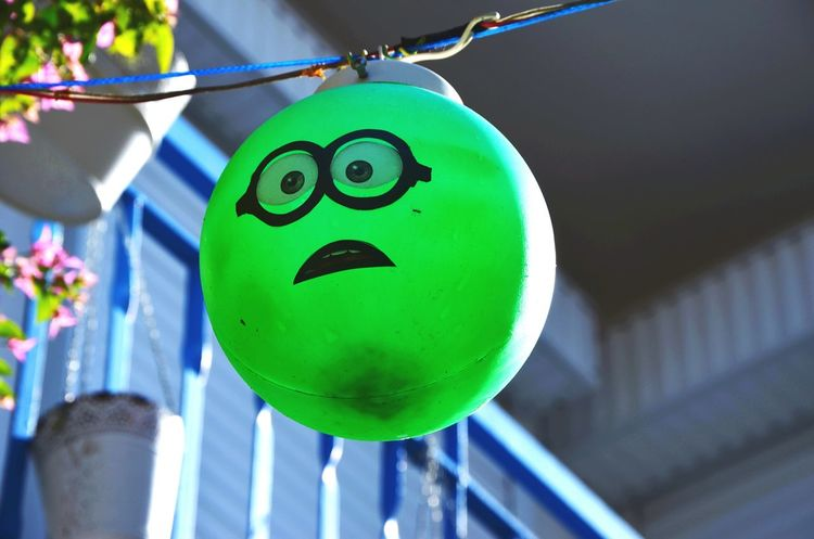 Smiley Face Anthropomorphic Smiley Face Outdoors Decoration Balloon Face Green Eyes Surprised Lamp