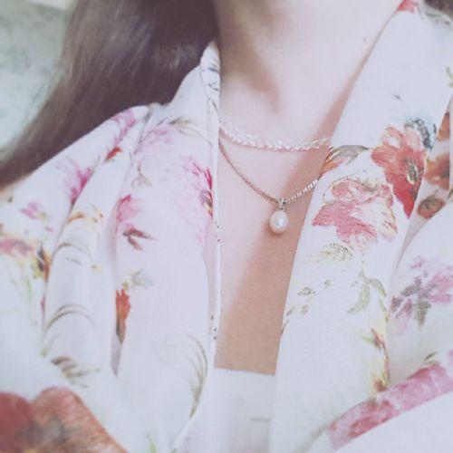 Одежда Стиль платок бусы Кулон девушка Люди селка селфи себяшка People Girls Girl Portrait Selfie Selca Me Style Flowers Pastel Pearl