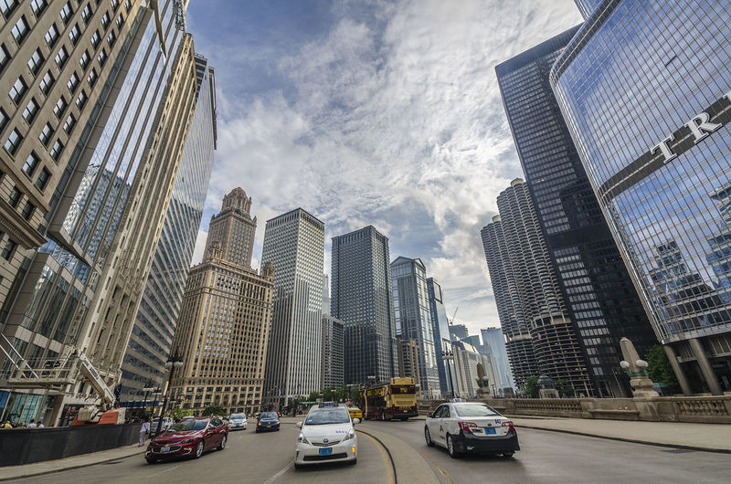 Architecture City Travel Transportation Car Modern Outdoors Traffic City Life Travel Destinations Mode Of Transport Urbanarchitexcture Architecture Building Exterior Street Chicago, Illinois