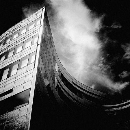 Architecture Architecture_bw Architecture_collection Urban Geometry Monochrome Bw_collection Light And Shadow Cityscapes Darkness And Light Blackandwhite