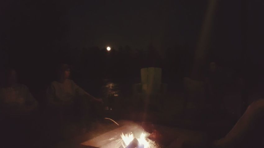 Campfire Bythelake With Friends Breathe Goodtunes Happiness