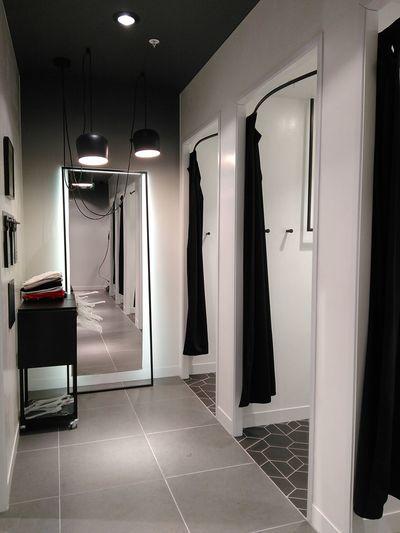 Go shopping! NoEditNoFilter Shop Shopping ♡ Fitting Room Blackandwhite