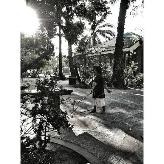 Ig_best IGDaily Igmanila Ig_philippines Monochrome_asia Stranger Streetstyle Streetphotography Bnw_city Bnw_manila Bnw_philippines -mr.golden sun 😎 Manila