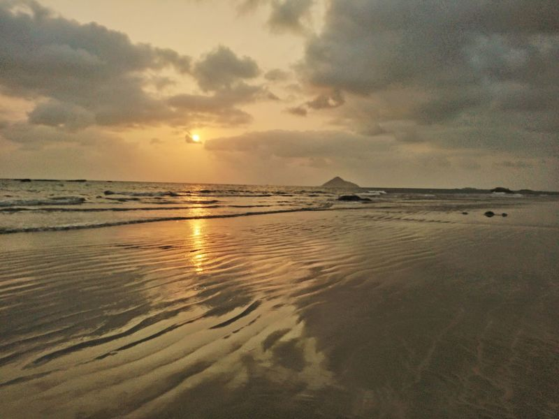 Beach Sea Sunset Sand Landscape Dramatic Sky Tranquility Seascape Sun Summer Scenics Horizon Over Water Tranquil Scene Water Nature Reflection Tourism Outdoors Beauty In Nature Cloud - Sky Xperıa Mobile Phone Photography Nature Sky Bhatkal