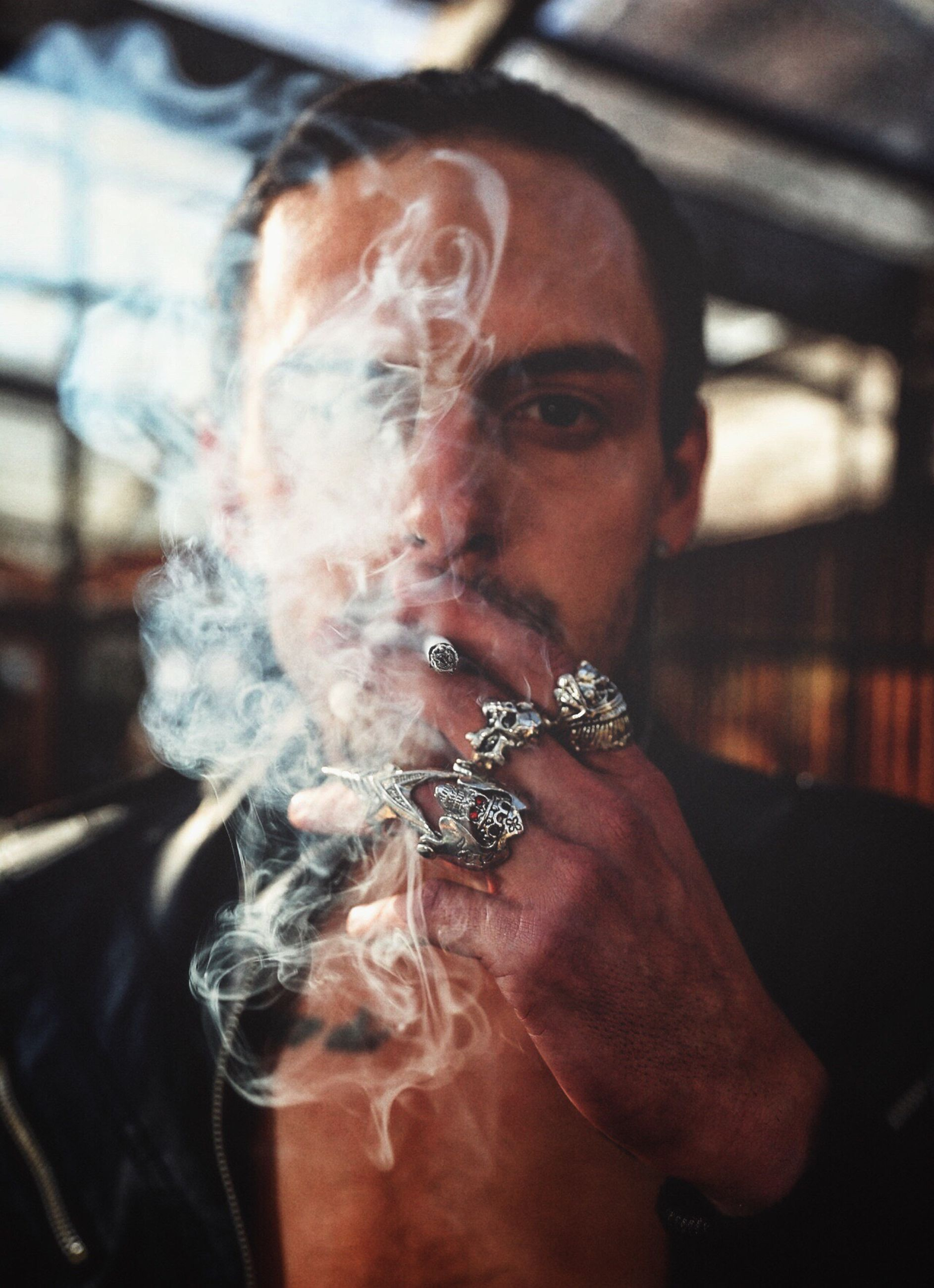 smoking - activity, smoking issues, lifestyles, real people, smoke - physical structure, bad habit, one person, leisure activity, only men, adults only, headshot, men, one man only, adult, day, people, portrait, outdoors, close-up