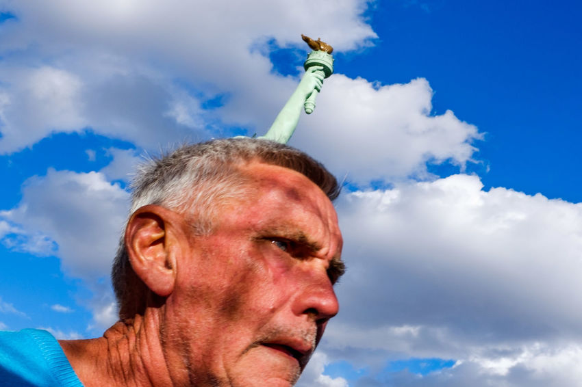 Sky One Man Only One Person Adult Blue Day Men Outdoors Close-up Streetphotography Street Photography Nevada Streetphoto_color Las Vegas New York New York Casino New York New York Hotel Statue Of Liberty