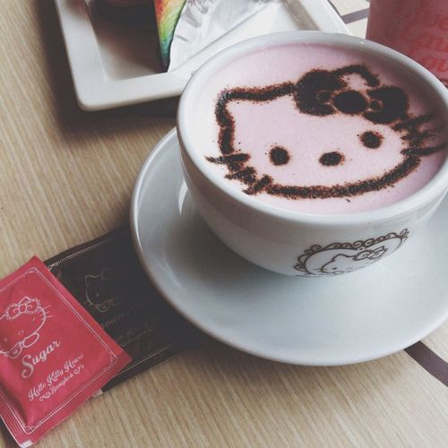 Afternoon Break Hello Kitty Pink Tea