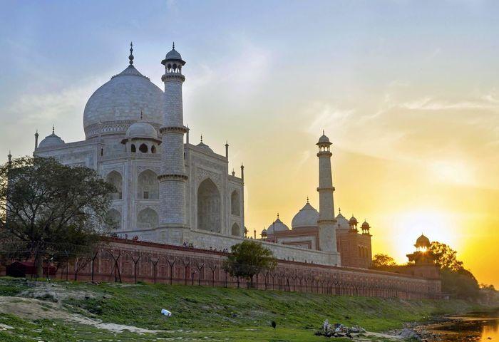 Taj Mahal Amazing Architecture Goodlight India Outdoors Sunset Tajmahal Travel Travel Destinations